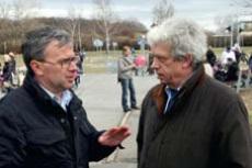 Akce se kromě mítostarosty Prahy 8 Michala Švarce (vlevo) zúčastnil i zástupce organizace BeSIP Jaroslav Kučera